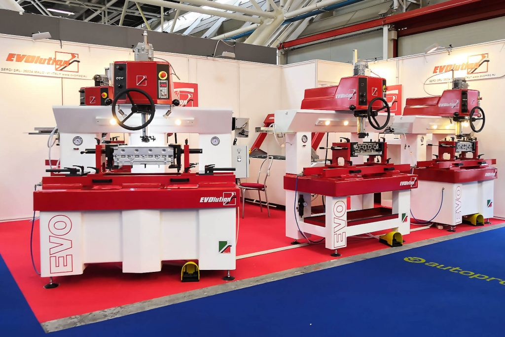The Evomaq exhibition of valve seat milling machine