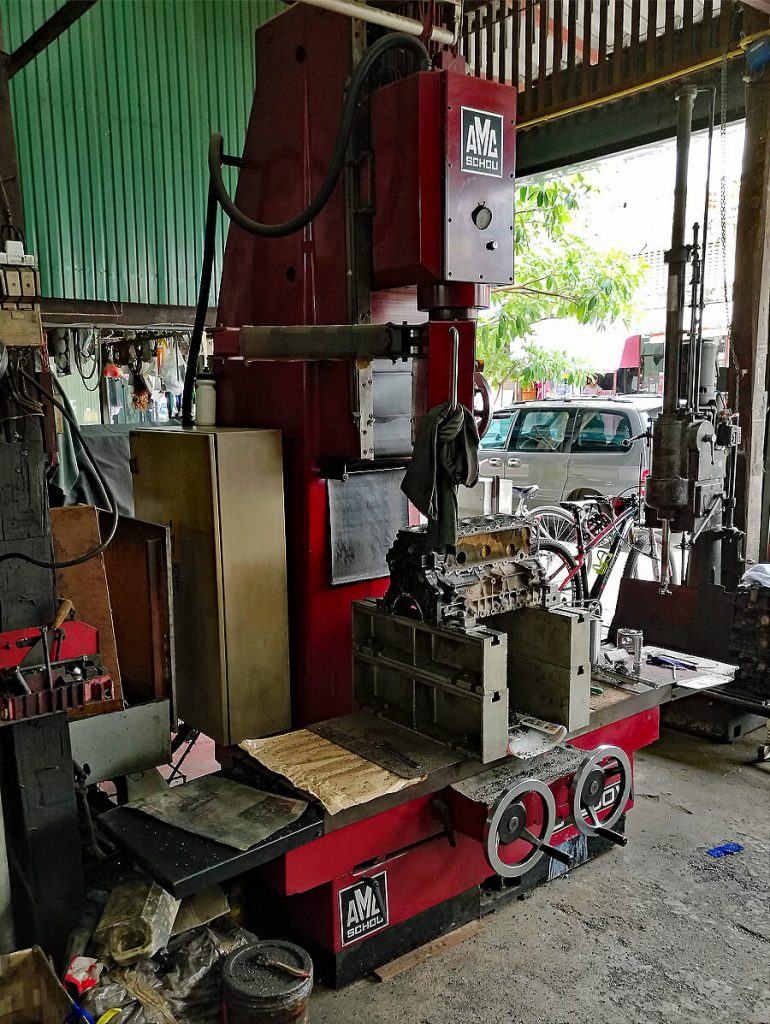 Alesatrice cilindri-spianatrice testate combinata AMC-Schou CM 1200V