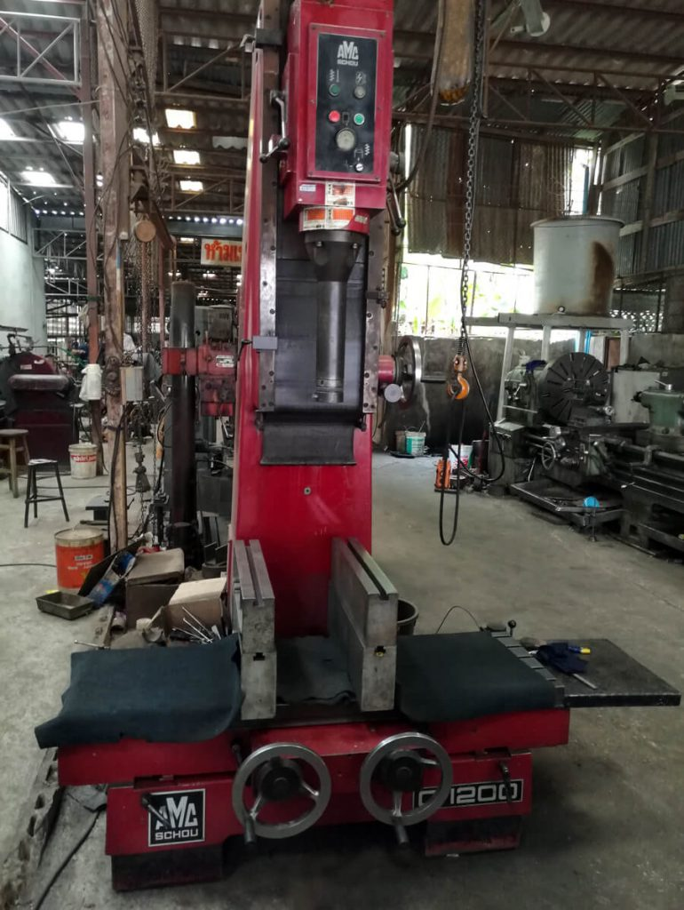 Another view of the vertical boring machine AMC-Schou C1200