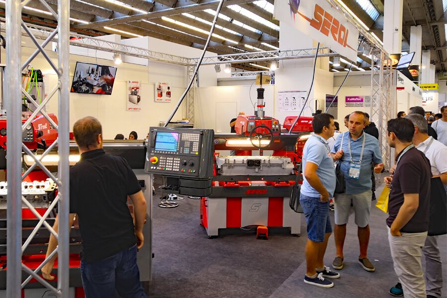 The Serdi stand at Automechanika 2018 with the most technologically advanced valve seat machines