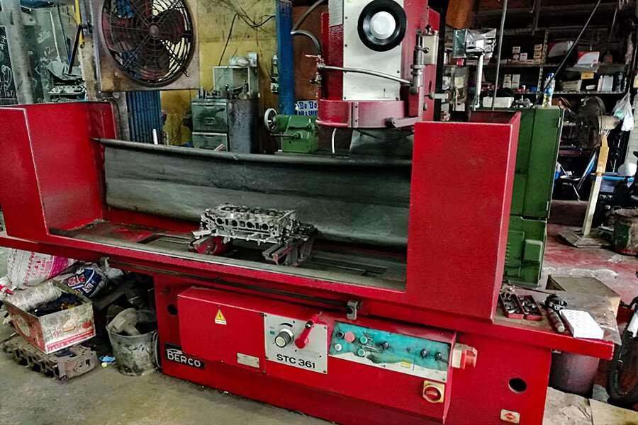 Cylinder head grinding machine Berco STC 361