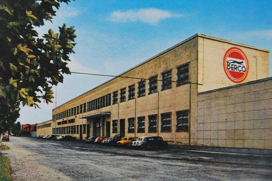 Chiusura della Berco Lo stabilimento Berco negli anni 50