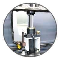 Carmec VGP 1200 - Pistón hidráulico inferior