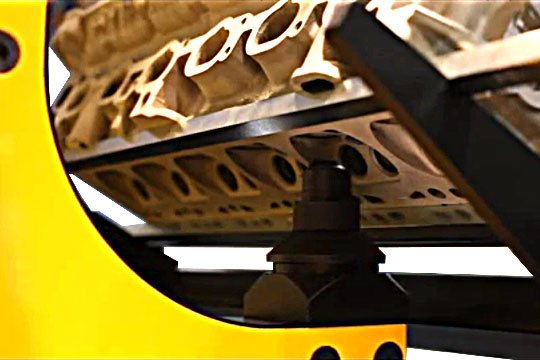 Detalle del contrapunzon de soporte en la Trego GM600