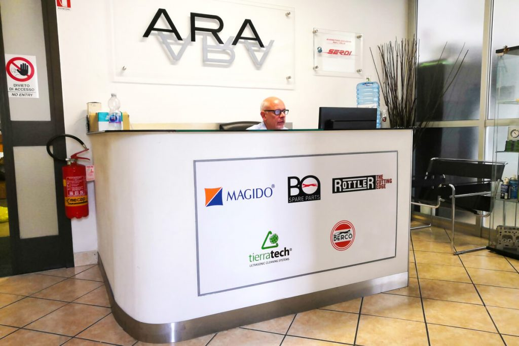 The entrance of the company ARA srl in Milan