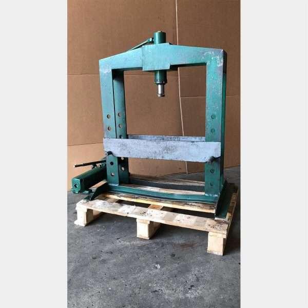 MU176 PRESS MACHINE