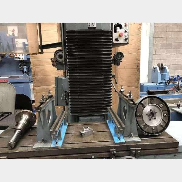 MU463 BERCO AC 800 CYLINDER BORING MACHINE