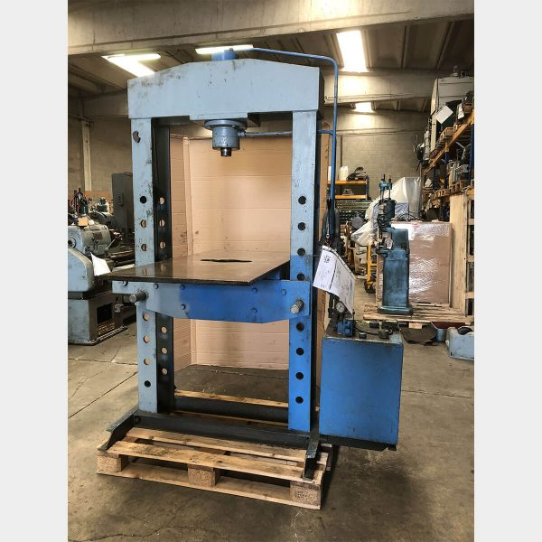 MU476 HS 35 PRESS MACHINE