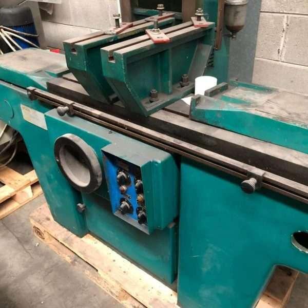 PMDDERTHONAcylinder head resurfacing machine
