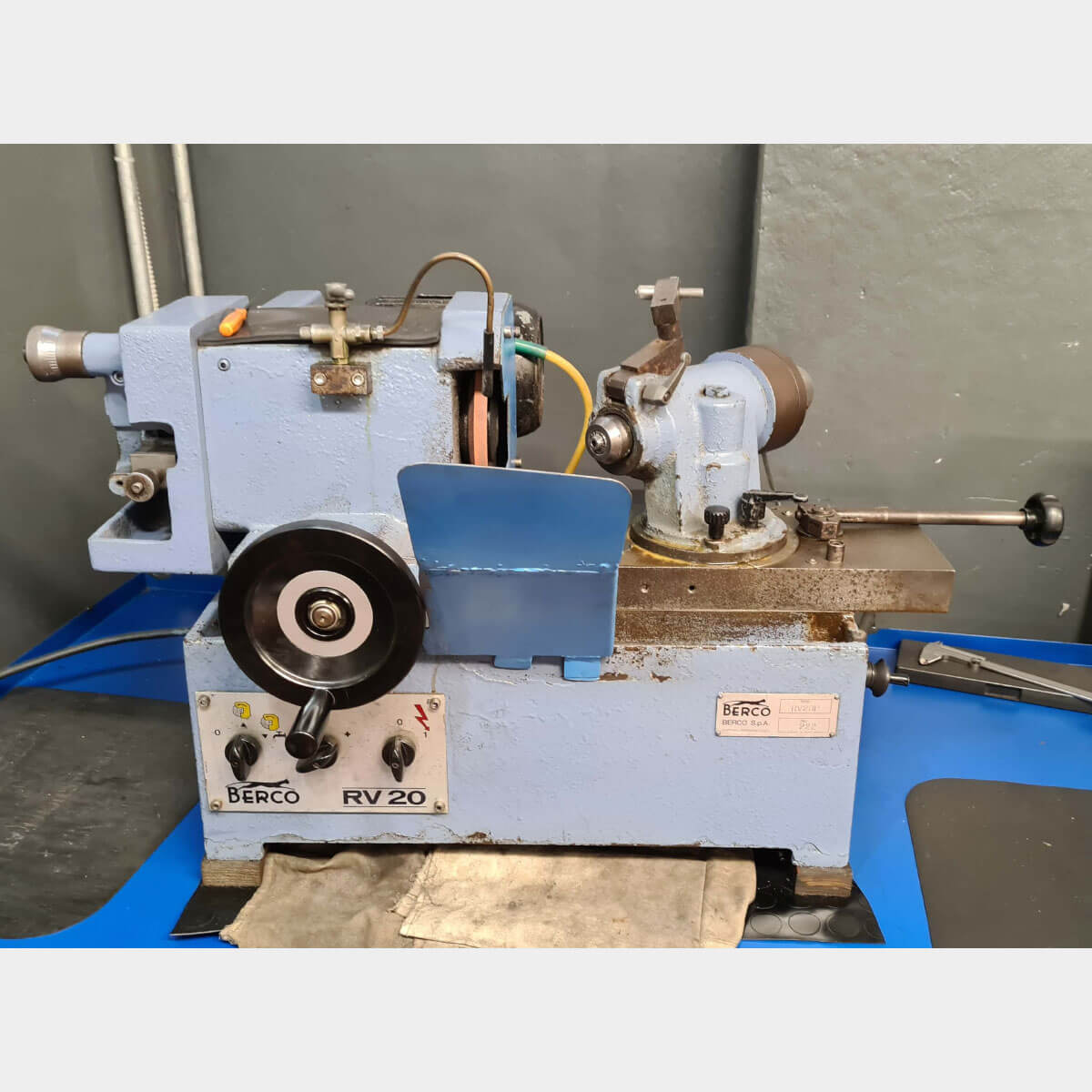 MU724 - BERCO RV20 Used Valve Grinding Machine