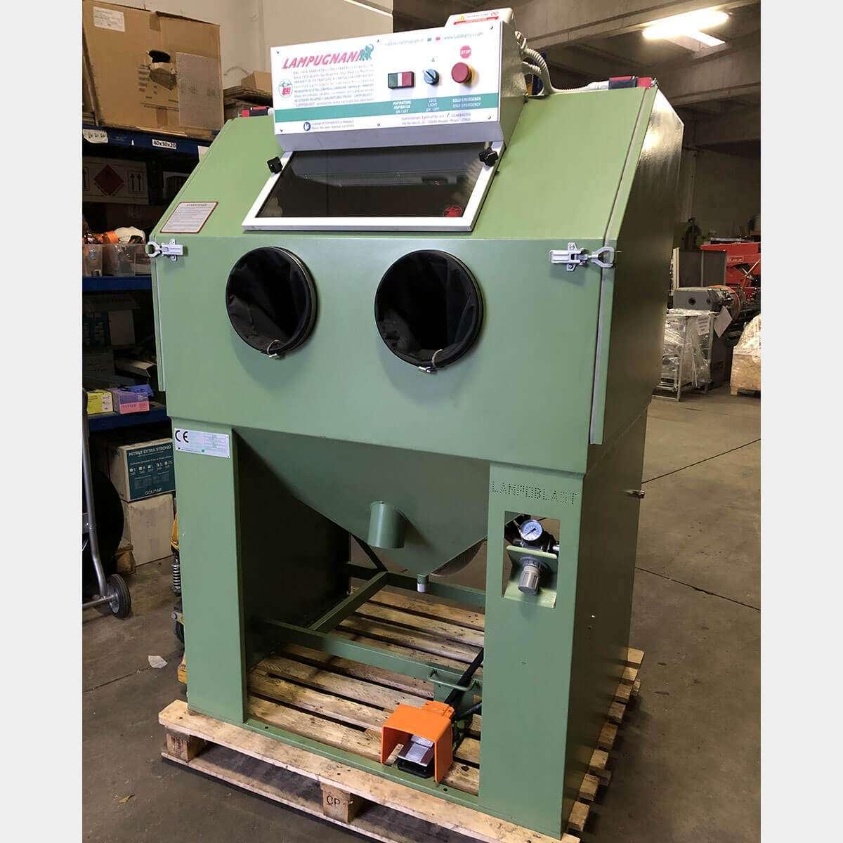 MU742 - LAMPUGNANI LC/2TR Sandblasting Machine